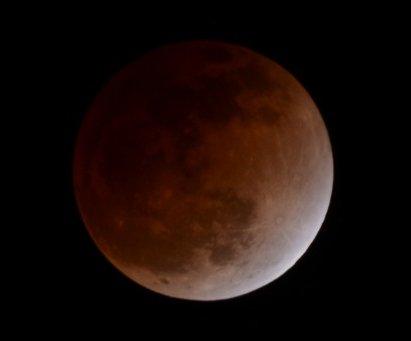 2011年12月10日の月食